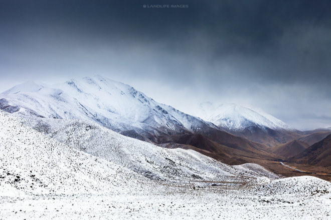 Snow covering Lindis Pass