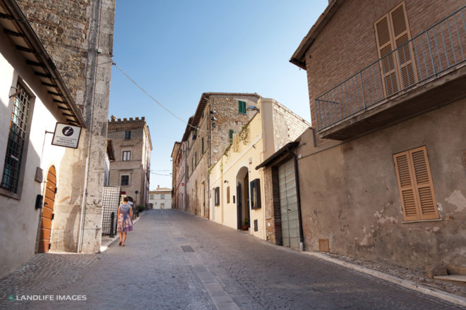 Walking the streets of Montefalco